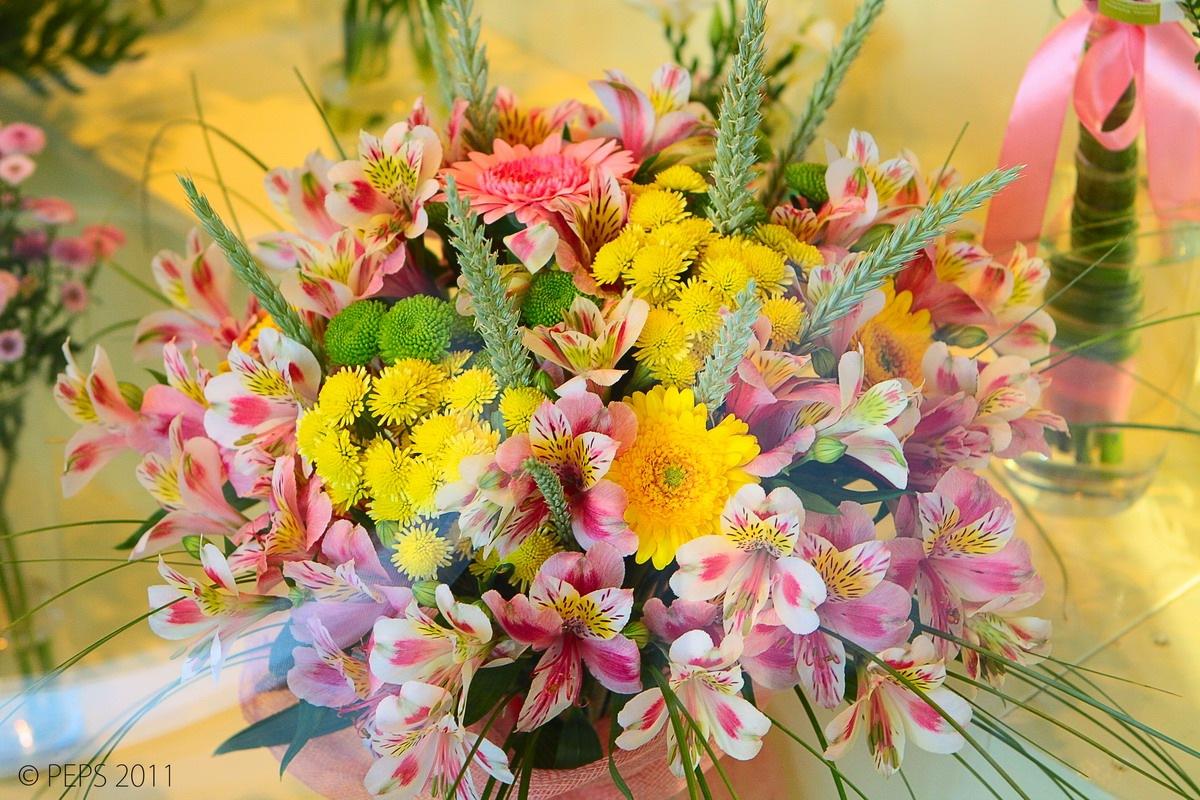 Букет цветов летний